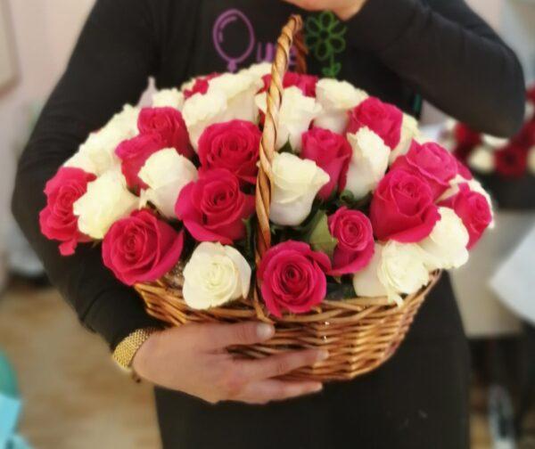 51 роза в большой корзине для Любимой